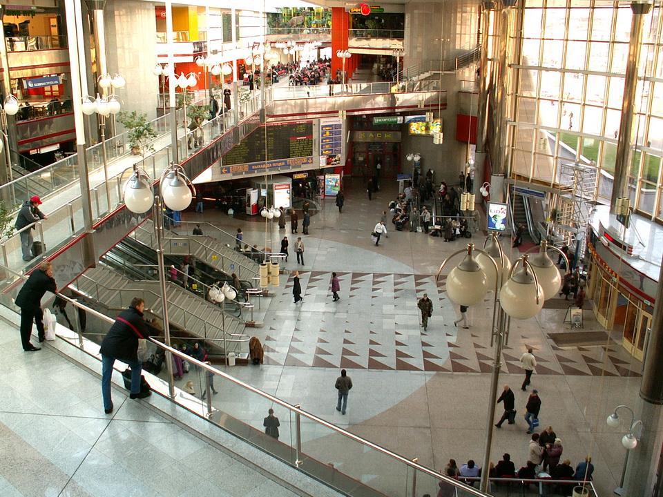 Как выглядит станция жд вокзала Минска внутри