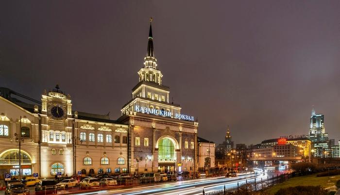 Казанский вокзал. Ночь