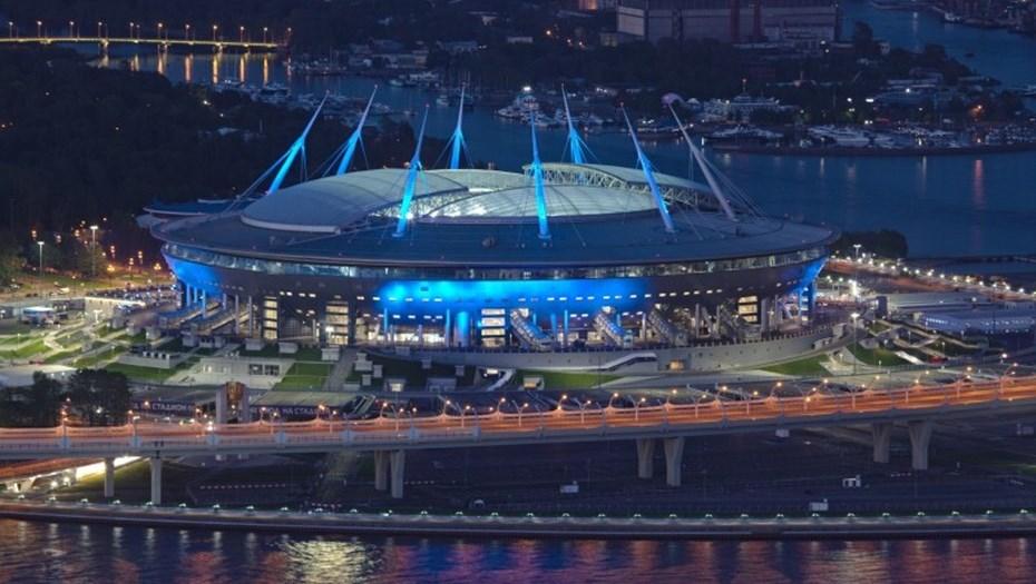 Стадион «Санкт-Петербург» около станции «Новокрестовская»