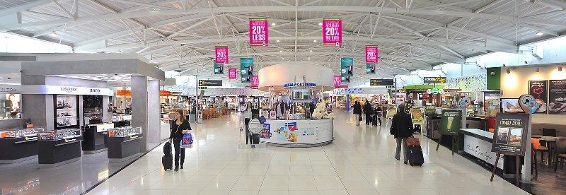 Аэропорт Ларнака внутри