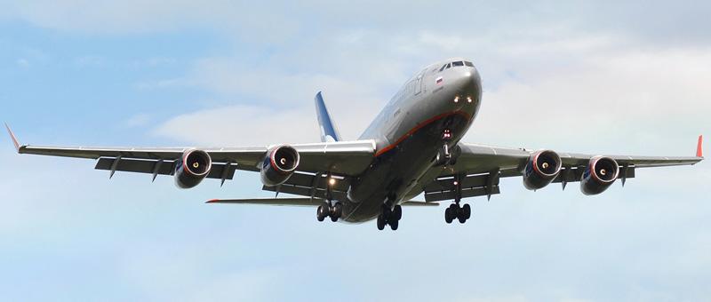 Самолет Ильюшин ИЛ-96