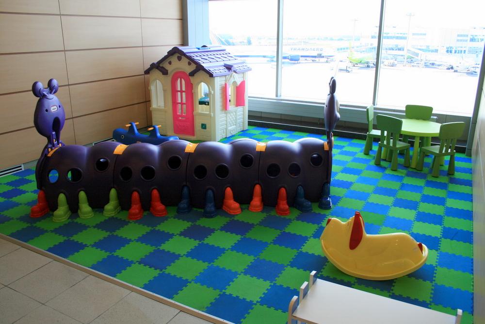 Обеспечим детям приятное пребывание ваэропорту