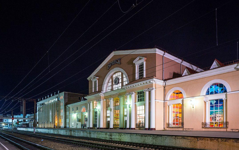 Жд вокзал в брянске на карте