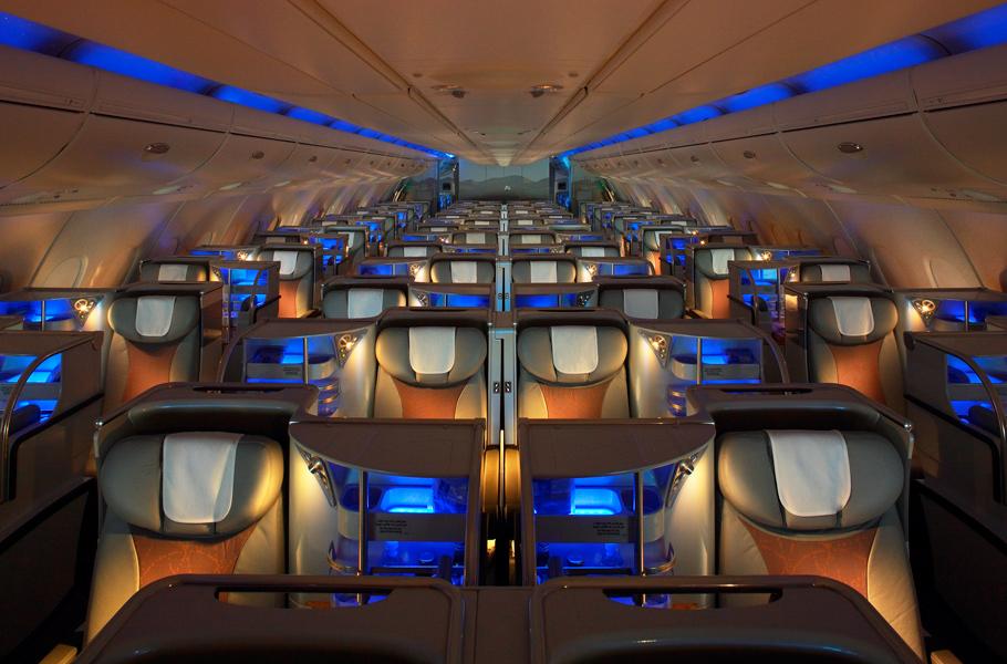 Фото эконом класса в самолете эмирейтс