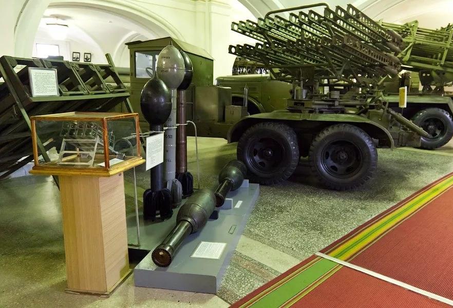 О музее артиллерии в Санкт-Петербурге: часы работы и адрес музея военной техники