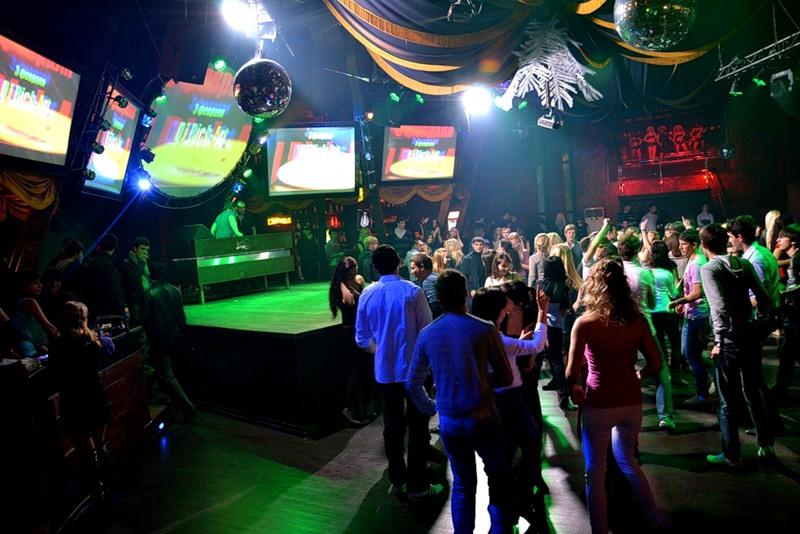 Ночной клуб матрешка москва официальный сайт эротические шоу доме