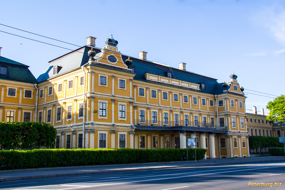 Фотография меньшикова дворца санкт петербург