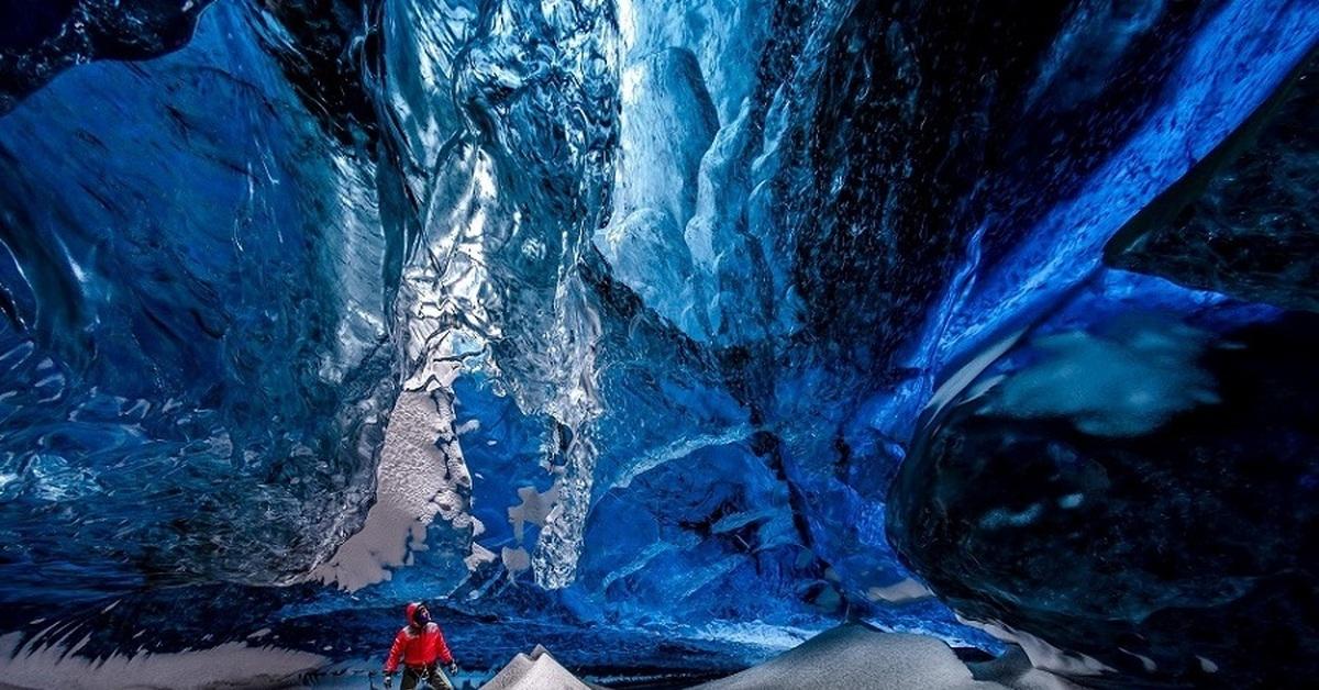 Ледяные пещеры ледника Ватнайёкюдль, Исландия (30 фото)