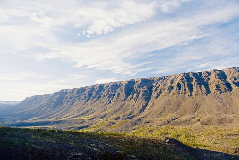 Почему НЕ стоит посещать плато Путорана в Сибири?